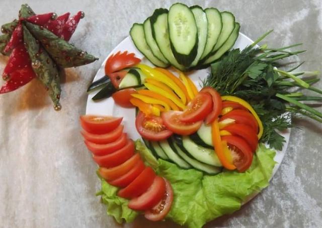 Нажмите на изображение для увеличения.  Название:ovoshchnoi-salat-nariezka-pietukh-основное-фото-рецепта.jpg Просмотров:0 Размер:49.0 Кб ID:8986