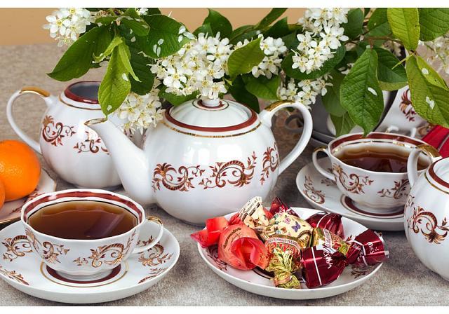 Нажмите на изображение для увеличения.  Название:Чайный сервиз Золотое кружево Дулево 11-1000x700.jpg Просмотров:2 Размер:86.4 Кб ID:8043