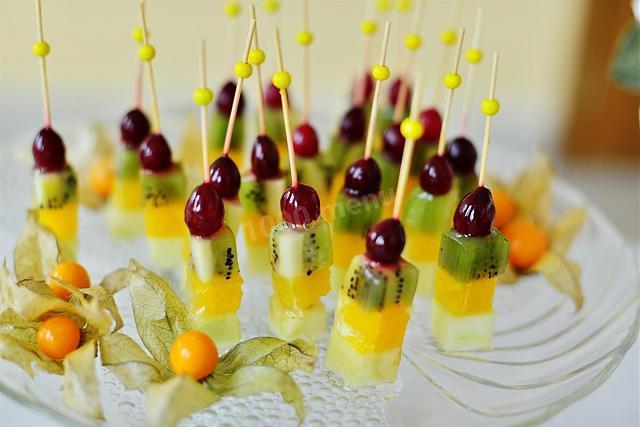 Нажмите на изображение для увеличения.  Название:канапе фрукты.jpg Просмотров:0 Размер:45.5 Кб ID:8792